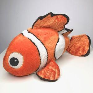 Disney Store Finding Nemo Medium Plush